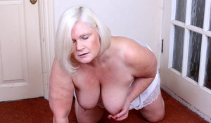 bbw granny porn British mature lady playing with herself
