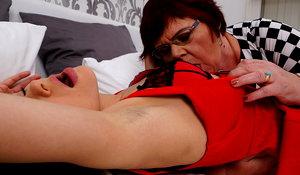 bbw sister loves old lesbian