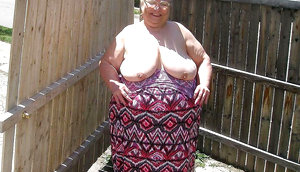 Country grannies love to expose their naked bodies define bbw