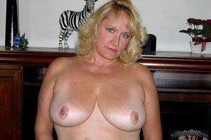 German Mature Frau MILF Spreads Her Fat Ass Apart sexy bbw